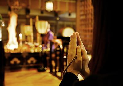 皆様の祈願成就をお不動さまにお祈りいたします。